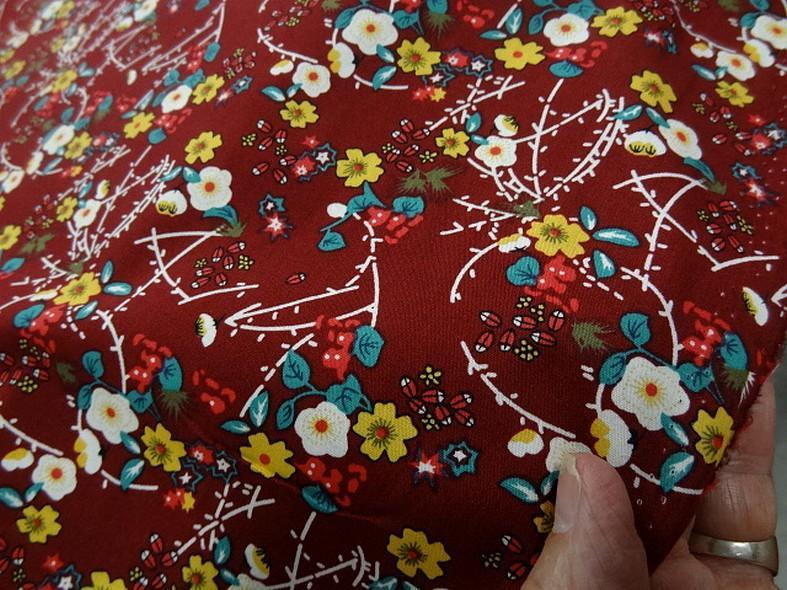 Popeline coton bordeaux fleurs et tiges rouge et jaune 2