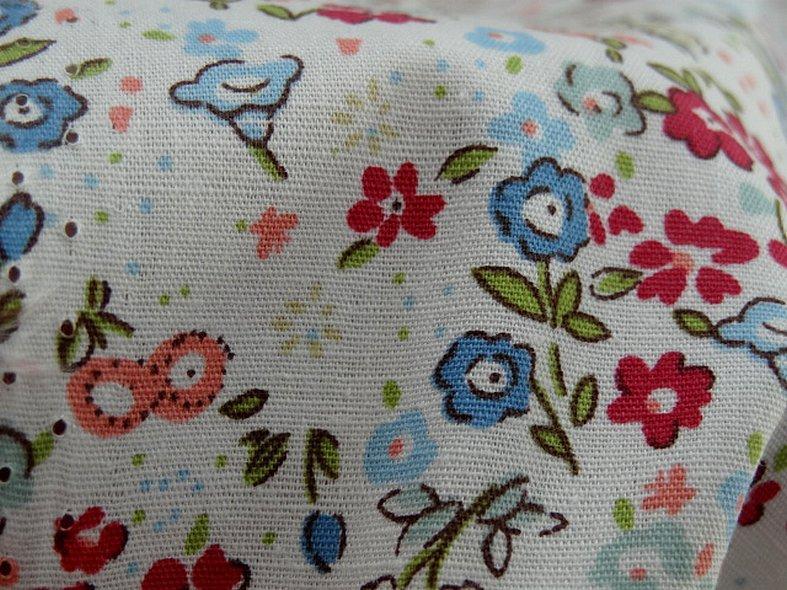 Popeline coton fond blanc fleurettes ninon 6