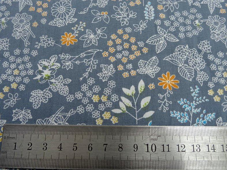 Popeline coton fond gris fleurs squelettes 3