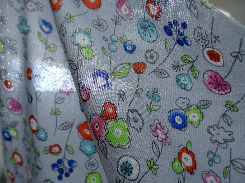 Popeline coton fond gris perle fleurs pretty 5