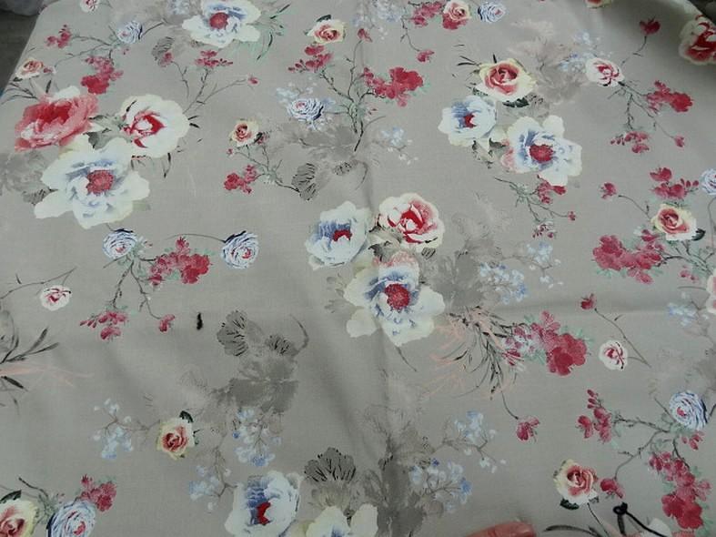 Popeline coton lycra beige petits rosiers 4