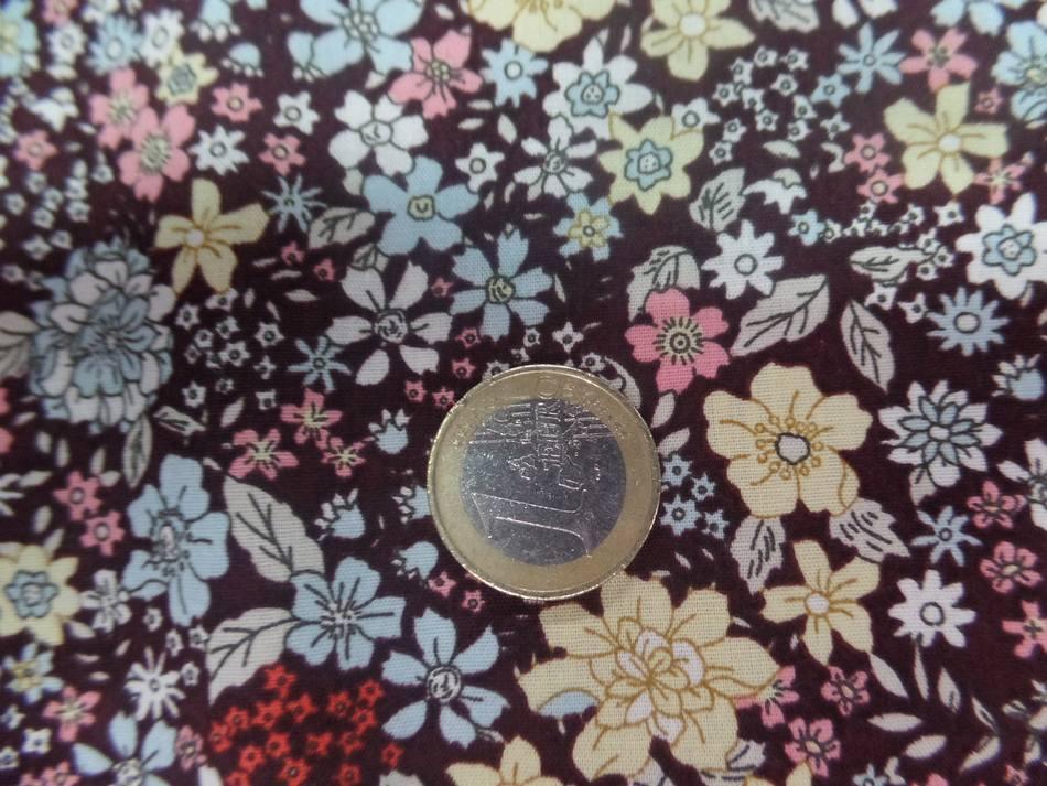 popeline coton marron imprimé liberty fleurs ,jaune et rose et bleu