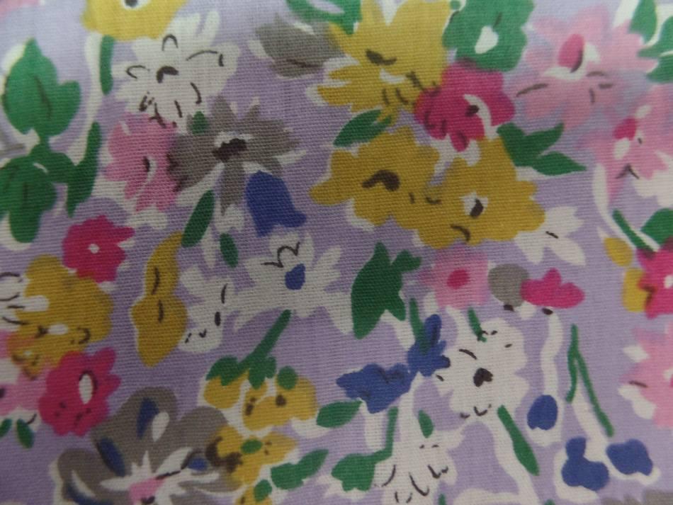 popeline coton mauve imprimé liberty fleurs rose,gris,vert et bleu