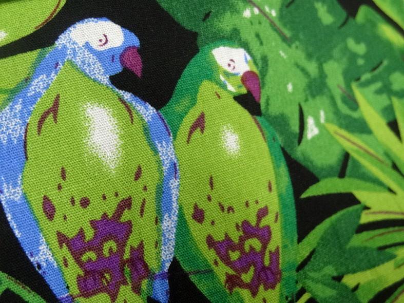 Popeline coton motifs feuilles et oiseaux exotiques vert violet 2 1