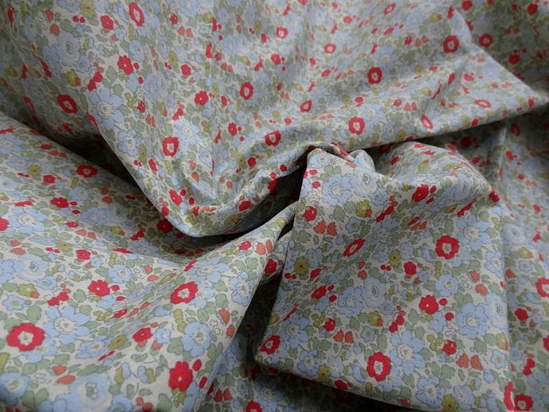 Popeline coton petites fleurs bleu tilleul rouge geranium 1
