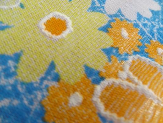 Résille 70's fleurs printemps 03