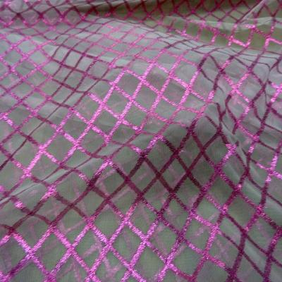 Resille blanche a motifs lurex rose magenta 2