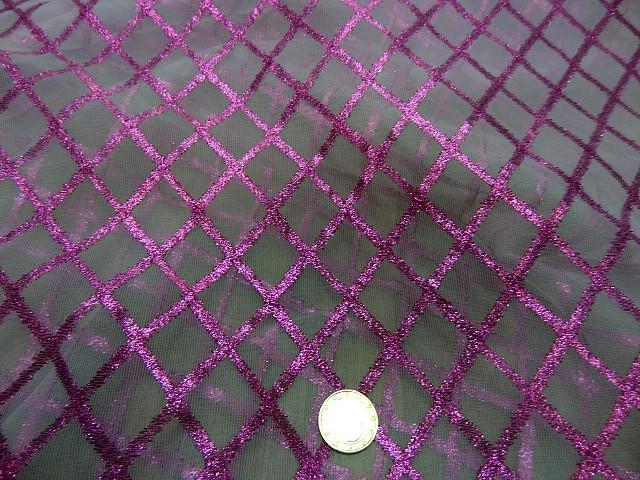 Resille blanche a motifs lurex rose magenta 3