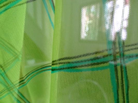 Résille carreaux vert anis 04