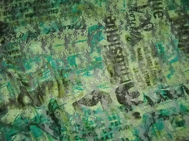 Resille dentelle lycra vert motifs slogans 2