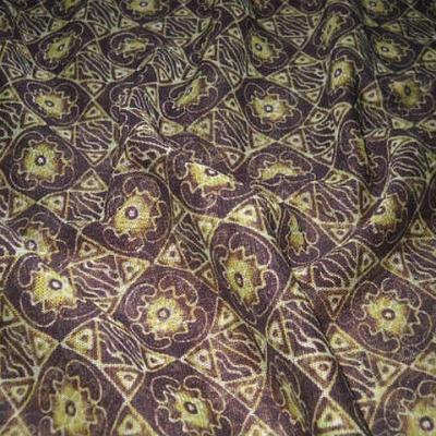 Resille lycra motif africain acajou et safran 1