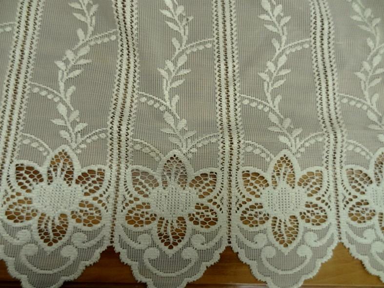 Rideau facon crochet blanc creme 1 68 m 1