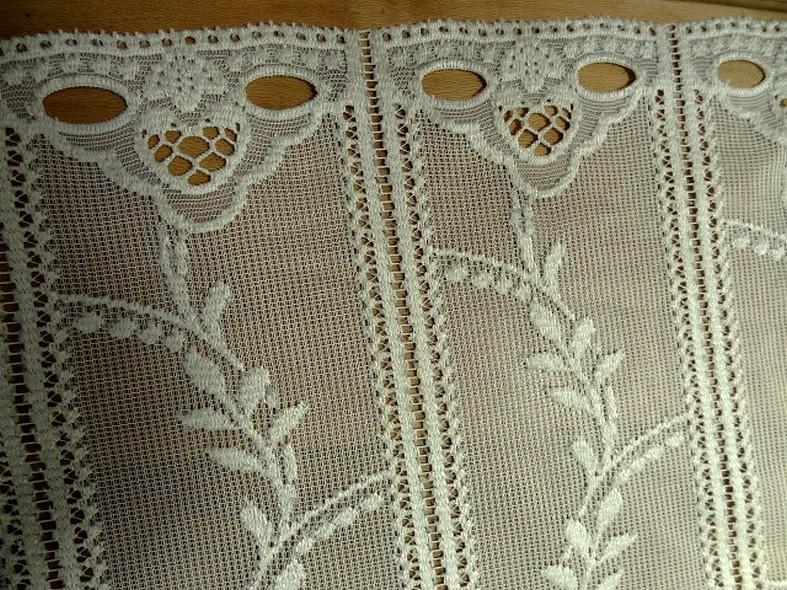 Rideau facon crochet blanc creme 1 68 m 2