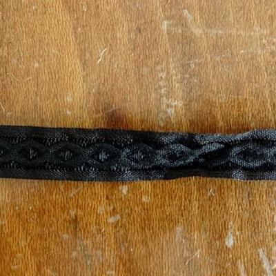 Ruban noir brode infini 1