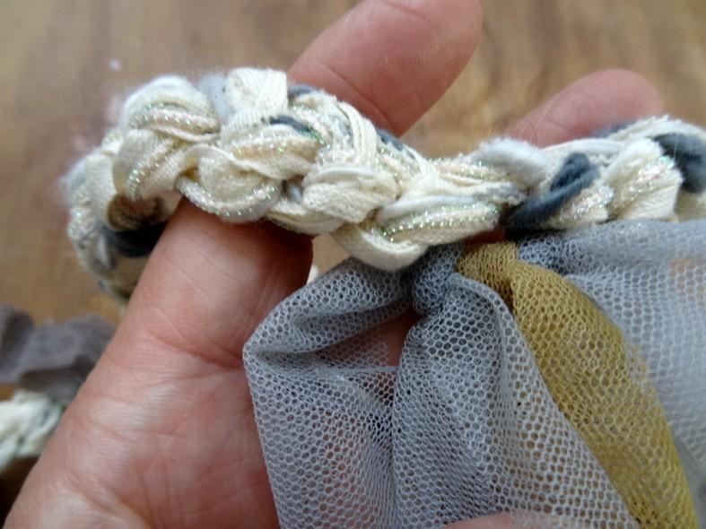 Ruban tresse a nouer blanc casse gris clair 2