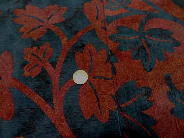 Satin ameublement bleu de prusse feuilles rouge cardinal 3