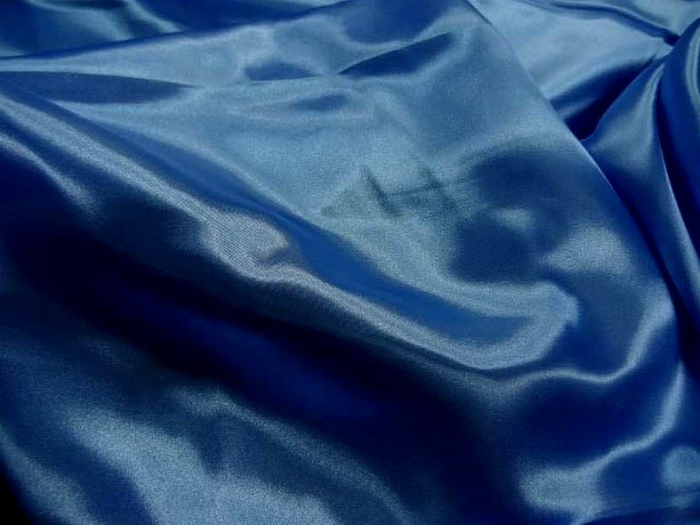 Satin bleu roi poly 1