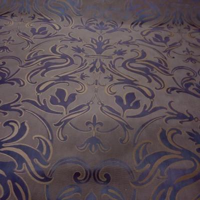 Satin damasse faconne taupe violet 3