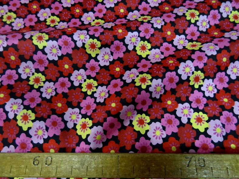 Satin de soie imprime fleuri teintes peps 3