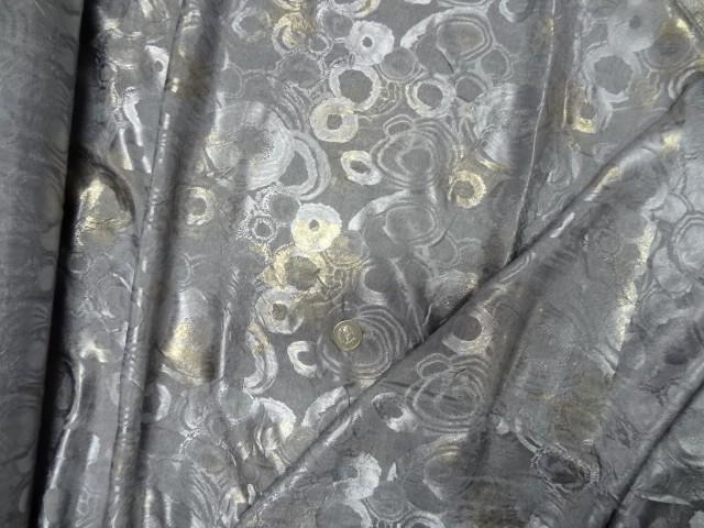 Satin jaquard gris cercles 1