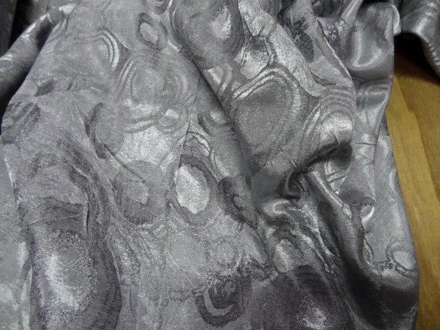 Satin jaquard gris cercles 3