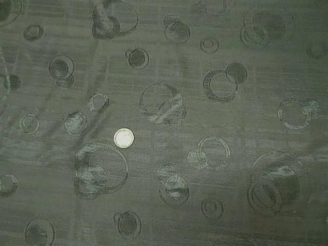 Satin kaki clair motifs anneaux cercle croissant 1