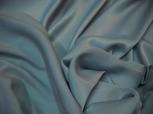 Satin lycra bleu ciel pastel 1