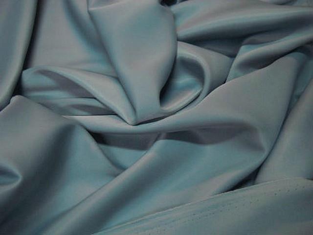 Satin lycra bleu ciel pastel 2