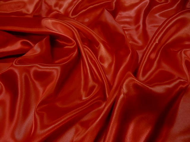 Satin polyester rouge0
