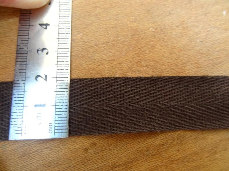 Serge marron bitume 20 mm 2