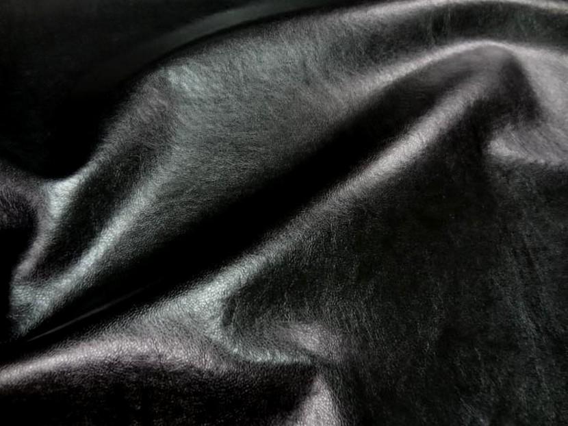 Skai noir aspect vieilli 1