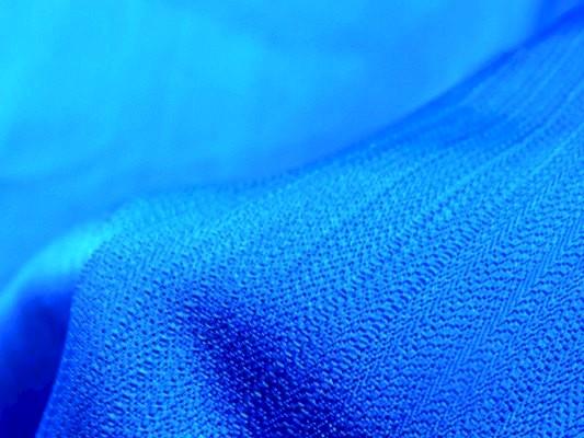 Taffetas bleu France larges frises 02