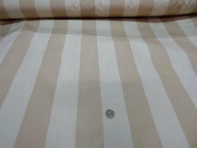 Taffetas ameublement larges rayures blanc casse beige 1