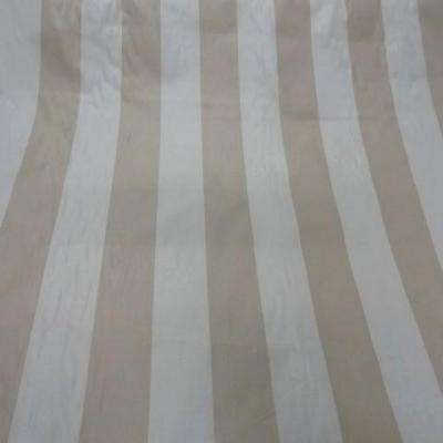 Taffetas ameublement larges rayures blanc casse beige 2