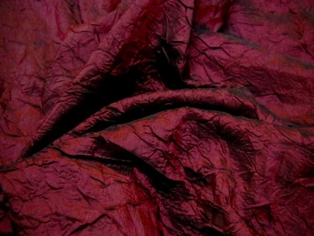 Taffetas bordeaux noir froisse nervure 2