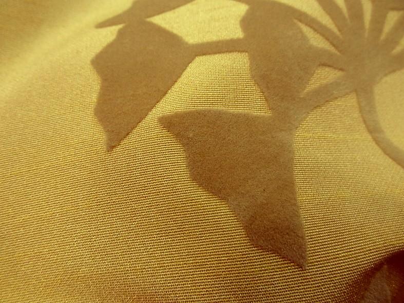 Taffetas d ameublement teinte mais motifs appliques velours aigrettes de pissenlit 5