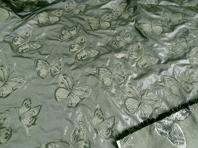 Taffetas damasse papillons vert lichen meleze 1