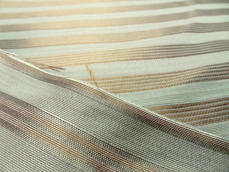 Taffetas de soie blanc casse raye or cuivre style empire 4