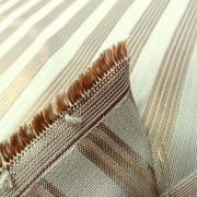 Taffetas de soie blanc casse raye or cuivre style empire 5