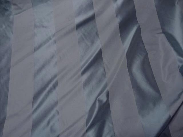 Taffetas de soie larges rayures gris acier 2