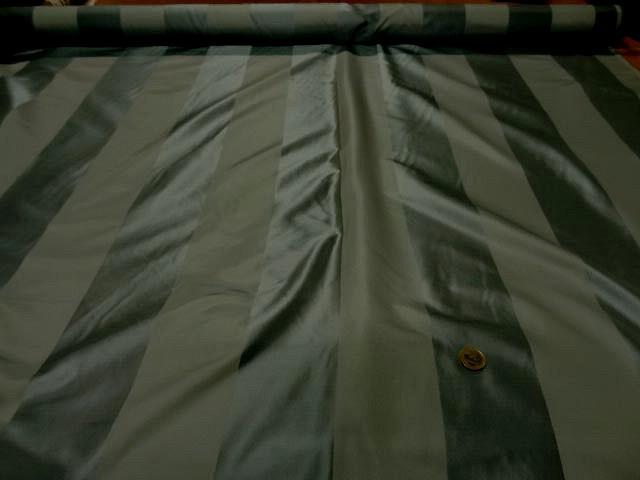 Taffetas de soie larges rayures vert kaki militaire 1