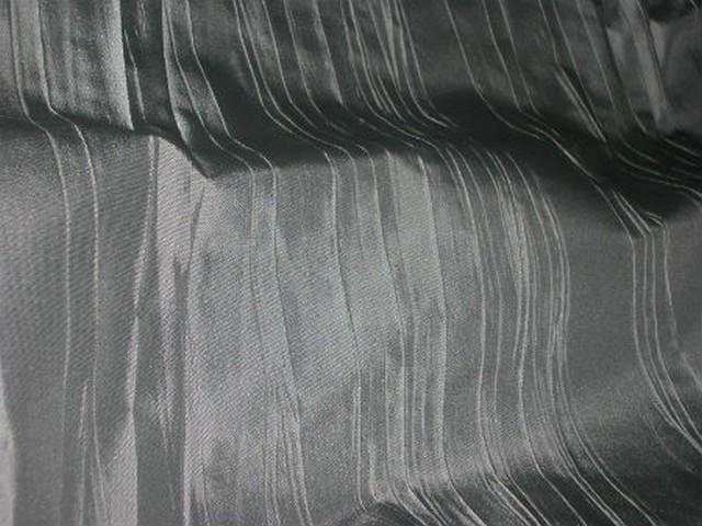 Taffetas gris fer plisse 3