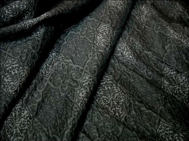 Taffetas gris fonce motifs gris moyen 1