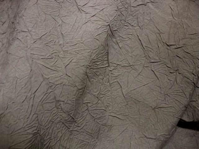 Taffetas mat teinte sable froissage papier
