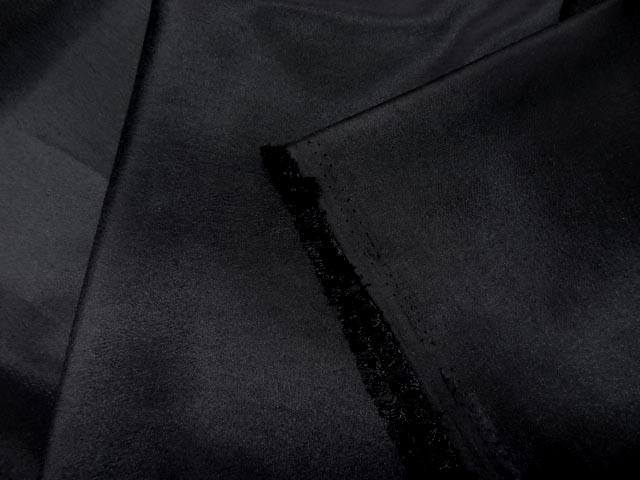 Taffetas noir fin chatoyant 1