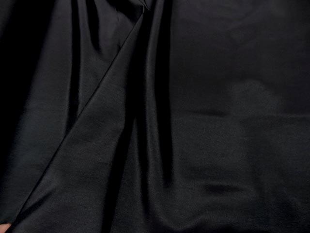 Taffetas noir fin chatoyant 2