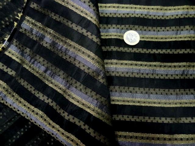 Taffetas noir raye metallise or et argent 3