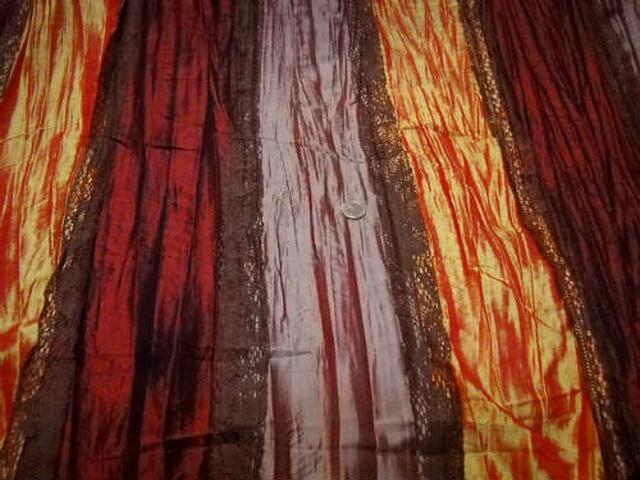 Taffetas plisse rayures bordeaux rose poudre mandarine et dentelle brune 2