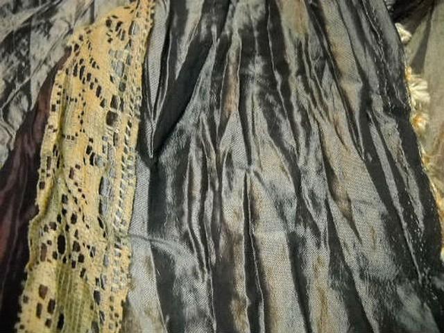 Taffetas plisse rayures kaki or pale marron galon dentelle mais 1