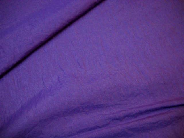 Taffetas polyester froisse violet bleu 1